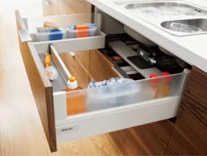 Capacidad de almacenaje en la cocina blog de m dul studio for Organizador bajo fregadero ikea