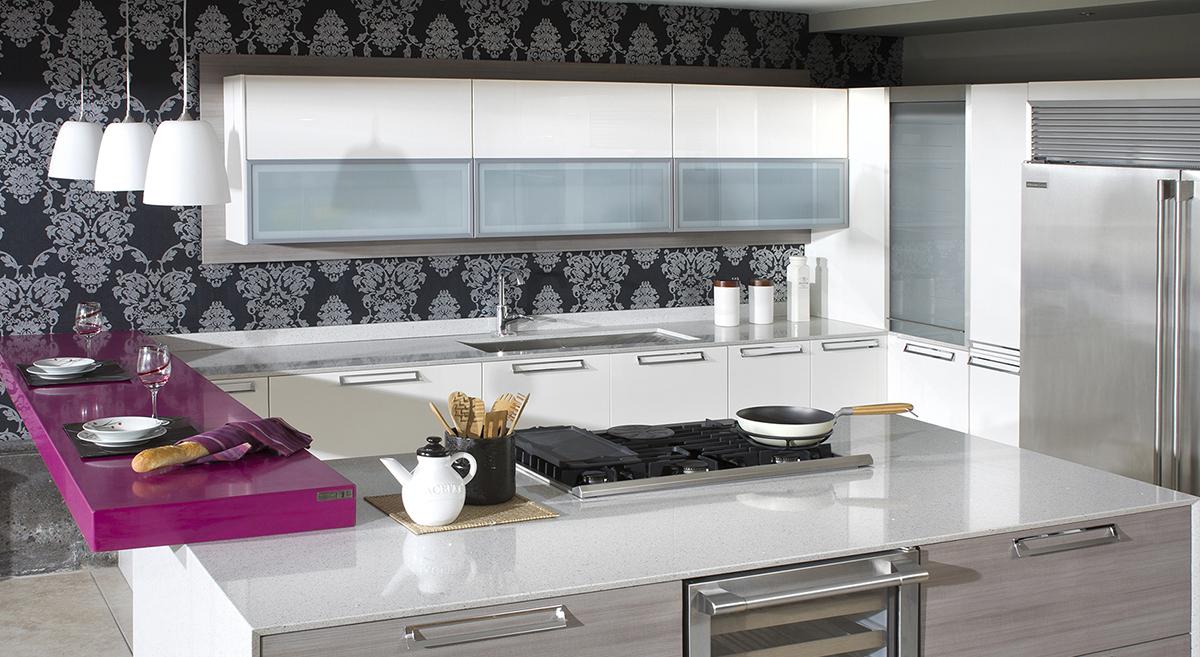 Una cocina con vidrio templado blog de m dul studio - Cocinas con pared de cristal ...