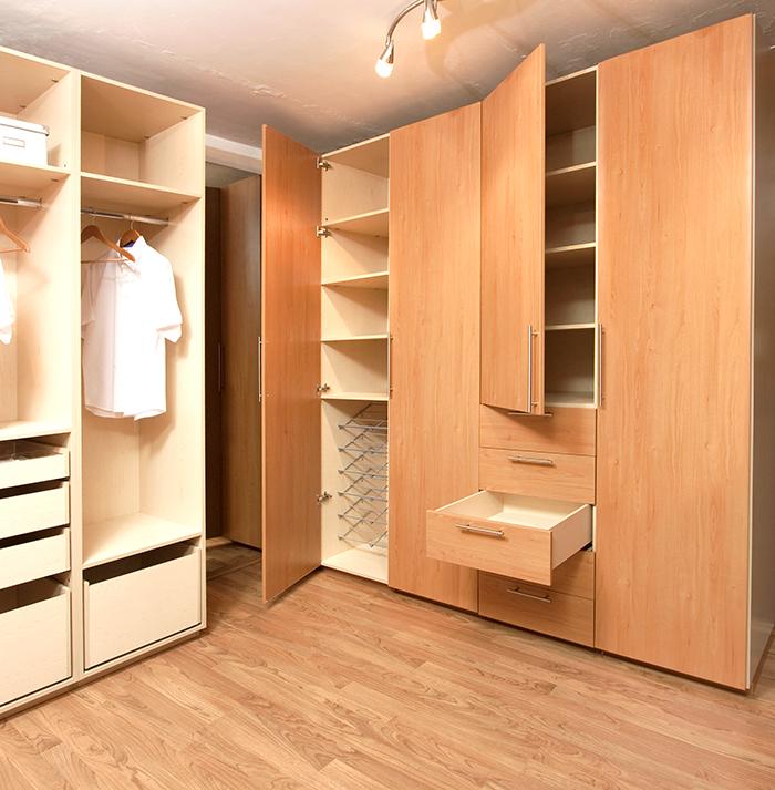 C mo elegir el cl set que necesitas blog de m dul studio for Closet de madera para dormitorios