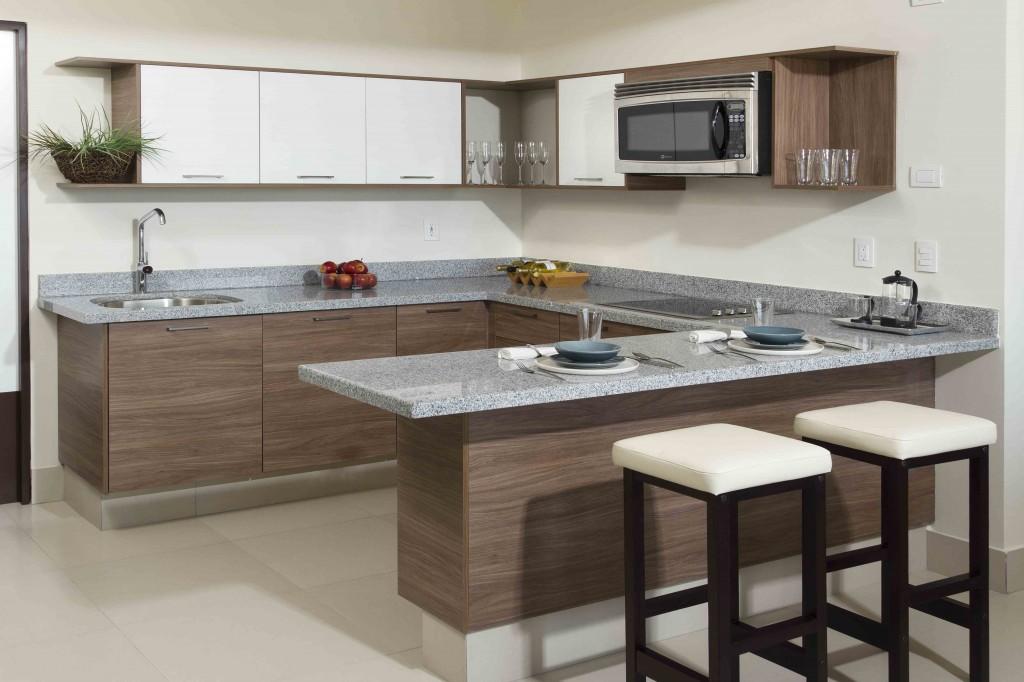 5 consejos para lograr una cocina cl sica blog de m dul - Cocinas color nogal ...