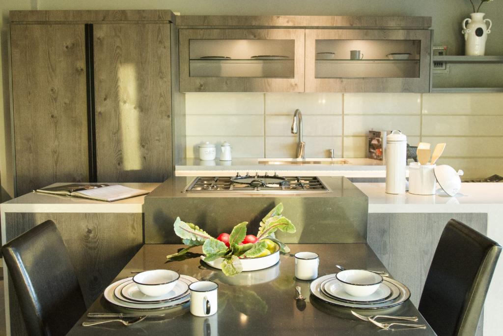 Xuni una cocina de alto dise o que hace homenaje al for Cocinas tradicionales